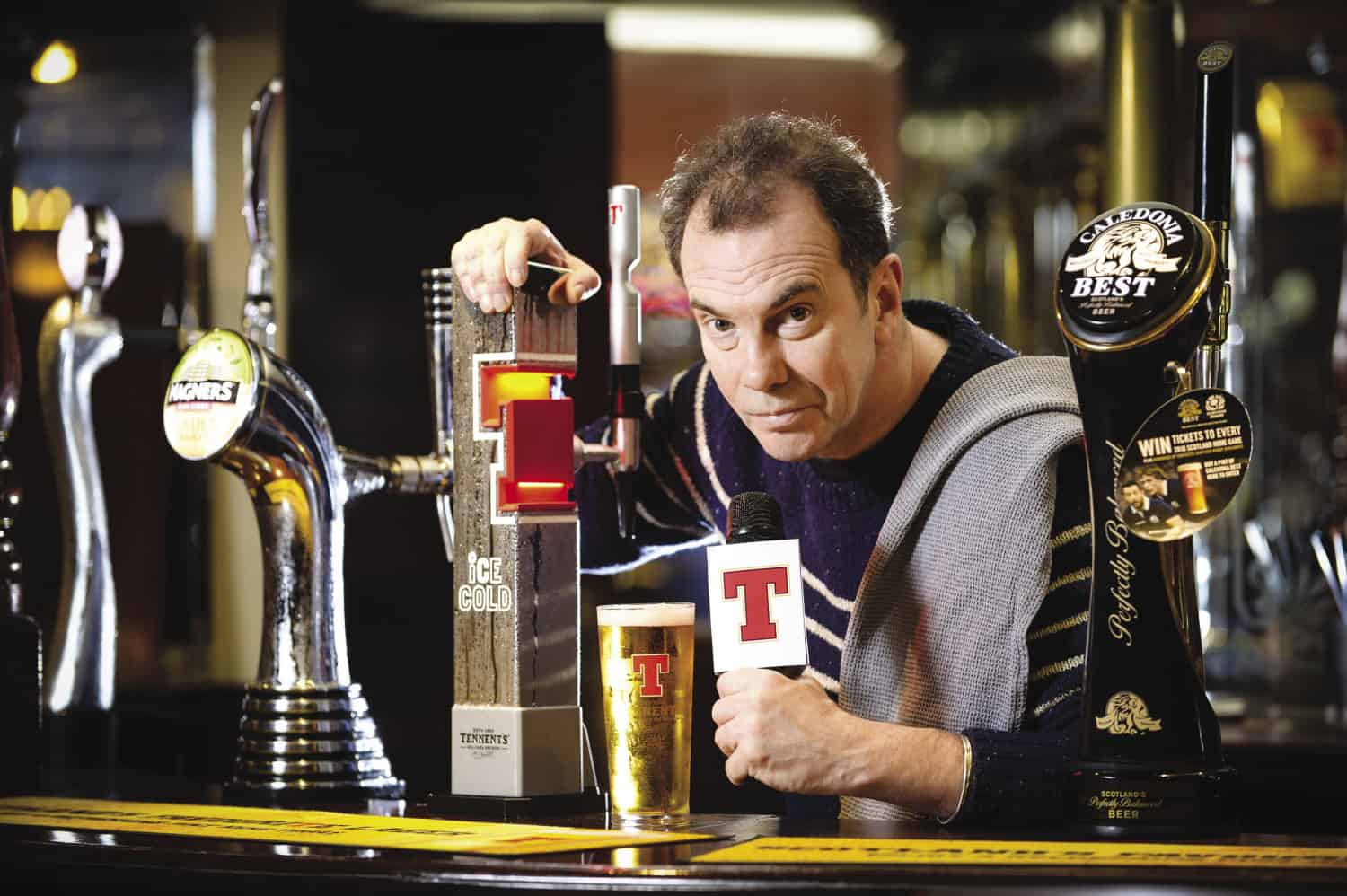 Boaby the Barman lends opt