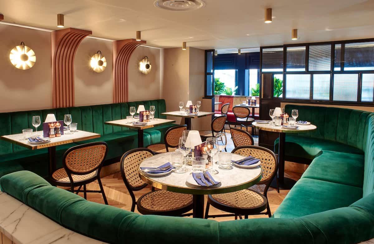 Le-Monde-restaurant-mid-res