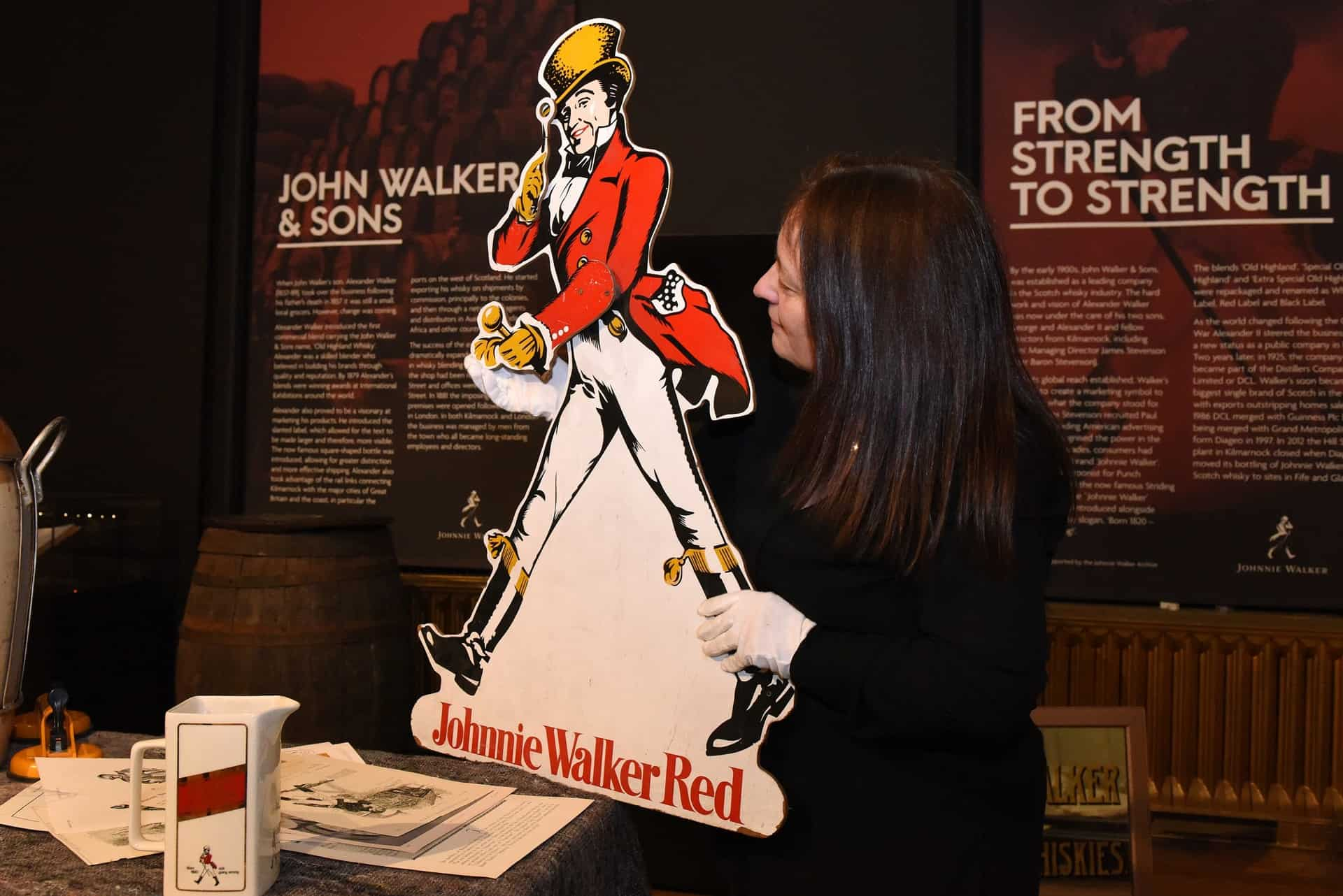 Johnnie-Walker-–-Celebrating-200-Years-exhibition-at-the-Dick-Institute-3