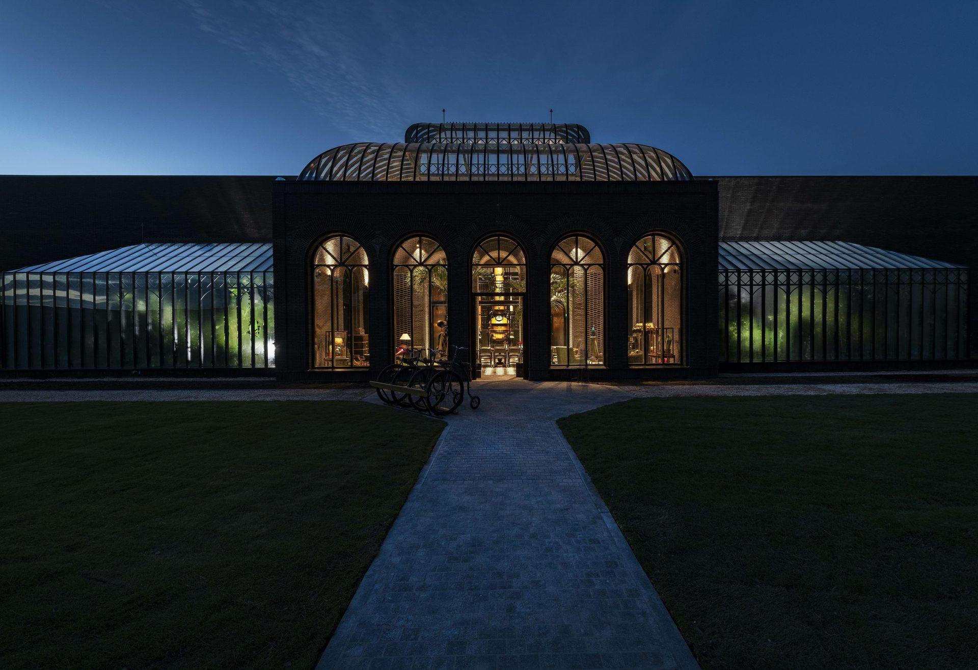 hendricks-gin-palace