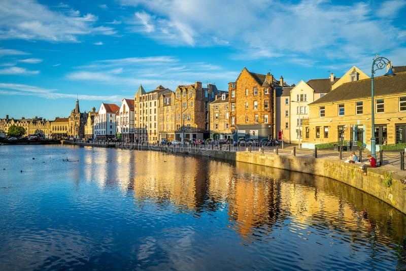 area-to-north-city-edinburgh-scotland-mouth-water-leith-shore-124420136