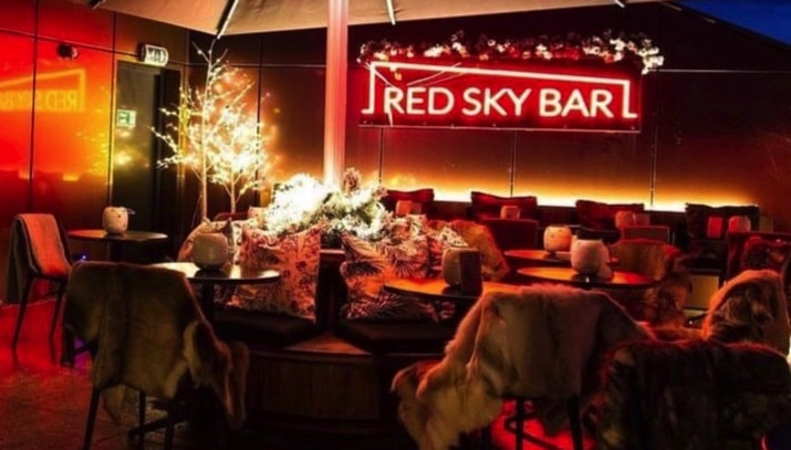 Radisson RED Sky Bar